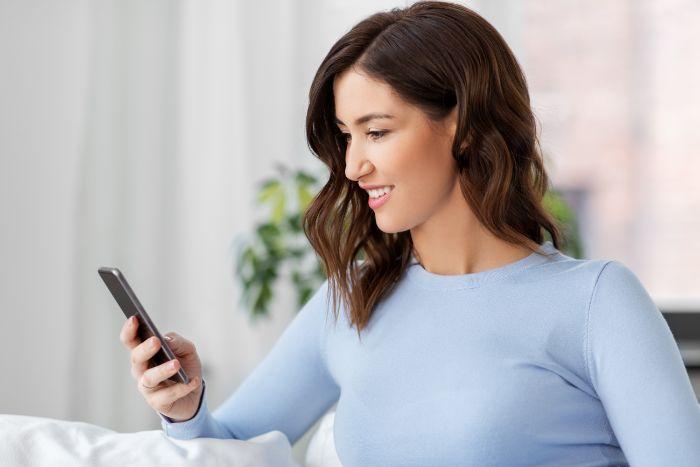 ネット上で確認できる電話占いサイトの口コミ情報などは参考にするべきでしょうか?